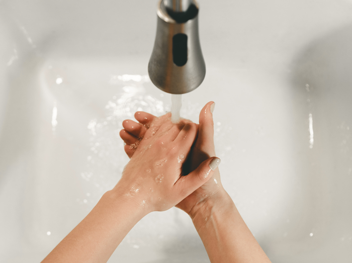 День Мойдодыра: как правильно мыть руки