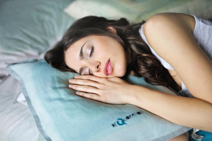 Бессонница, уйди прочь: как быстрее заснуть, когда находит тревога