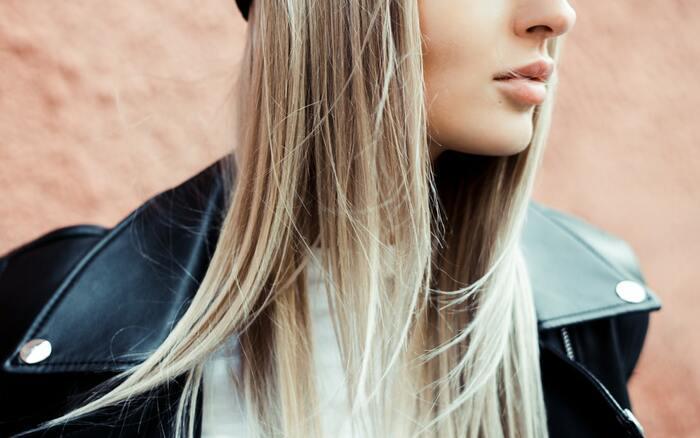 Тонкий намек: 6 способов придать объем слабым волосам