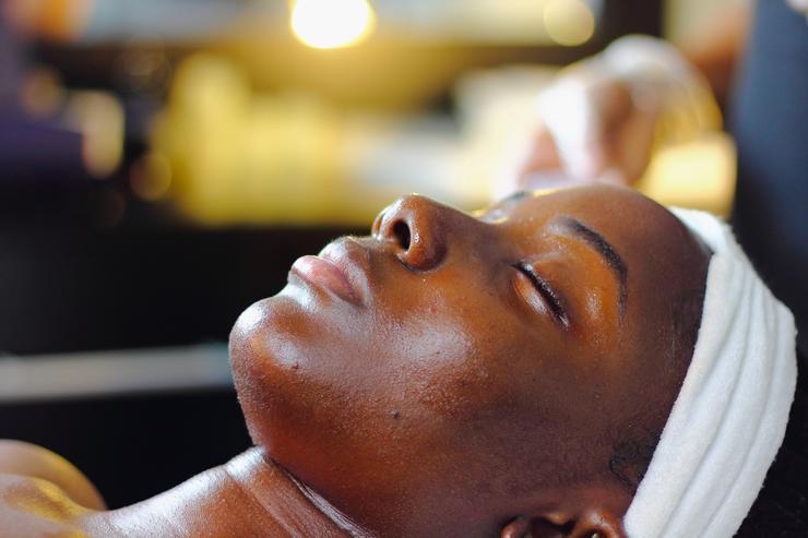 По совету эксперта: 5 масок, рекомендуемых косметологом