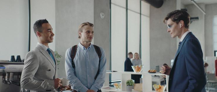 Бренд IQOS представляет официальный трейлер фильма «(Не)случайные истории»