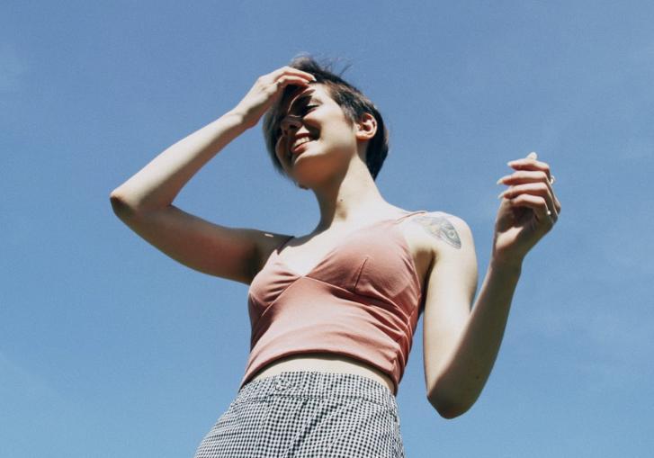 Охладить пыл: бьюти-секреты, которые помогут в жару