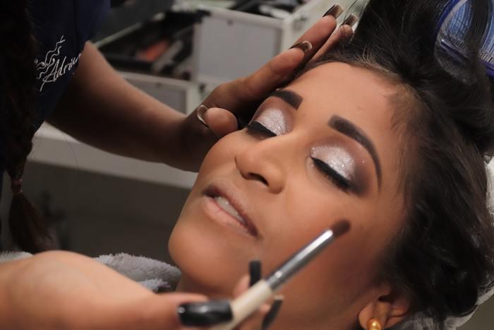 Banana make-up: изучаем хиты макияжа этого лета