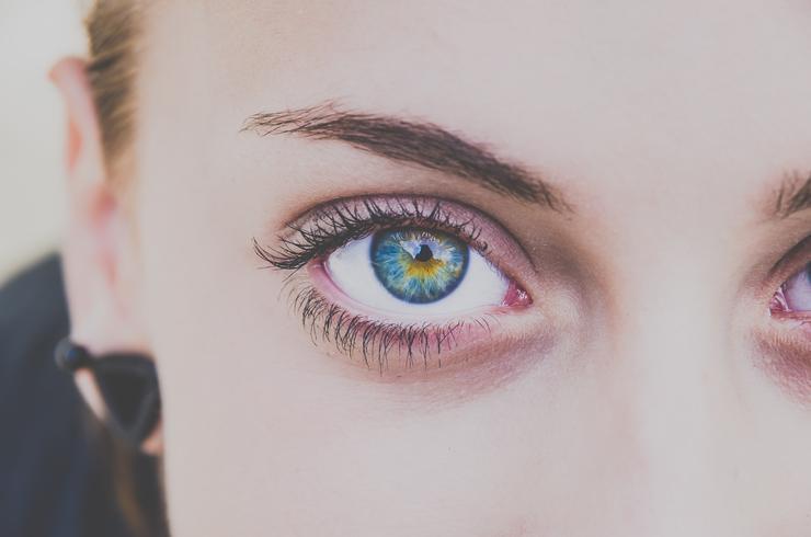 Кукольные глазки: все, что вы хотели узнать о наращенных ресницах