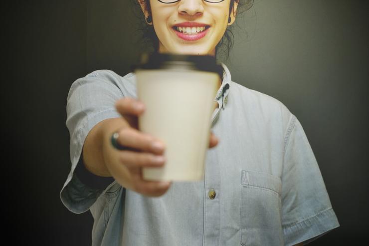 чай с мятой может на время решить проблему