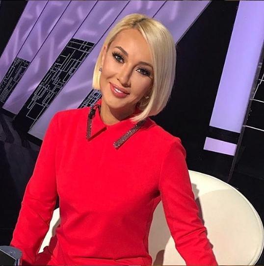 «Немного овысоком»: Лера Кудрявцева приобщила 2-летнюю дочь Марию кбалету