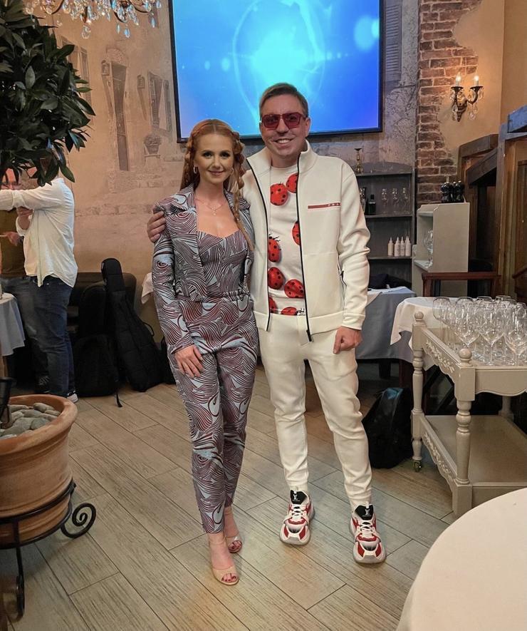 Лена Катина впервые рассказала об отношениях с миллионером Дмитрием Спиридоновым - Звезды