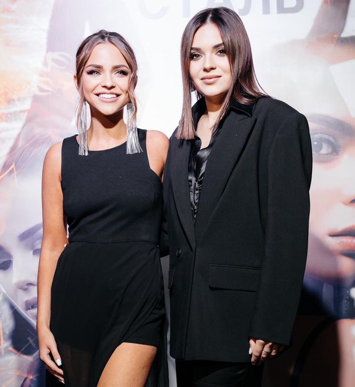Аделина Сотникова говорит, что именно Анастасия Ивка вдохновила ее на певческий дебют