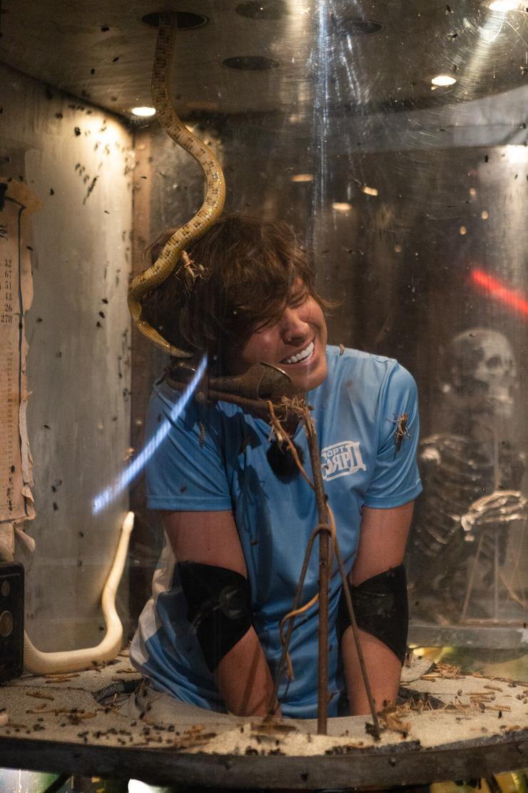 Во время съемок в экстремальной телепередаче Шаляпину пришлось проходить непростые испытания