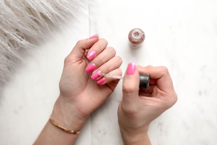 Давай остановимся: как понять, что вашим ногтям требуется отдых от гель-лака
