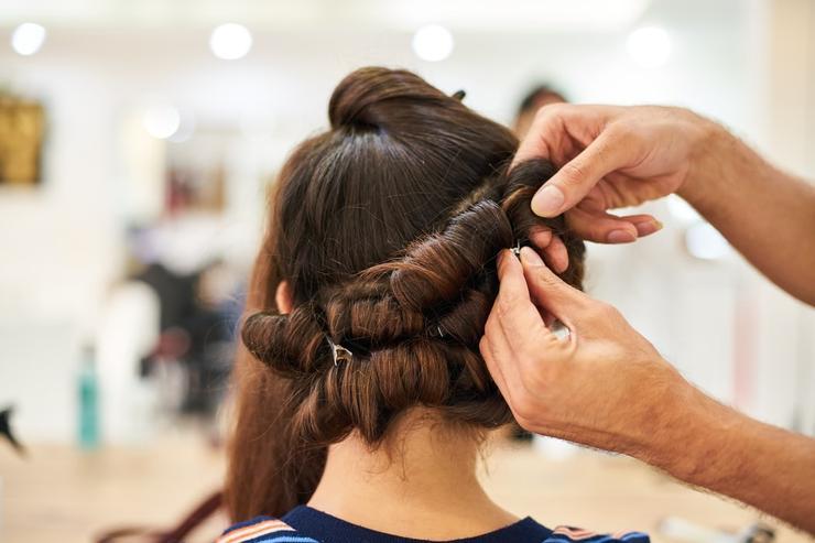 Удержи, не отпускай: что делать, если волосы на голове стремительно выпадают