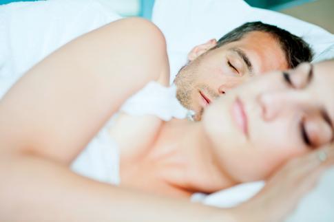 Не клонит в сон: как сексуальная жизнь влияет на биоритмы