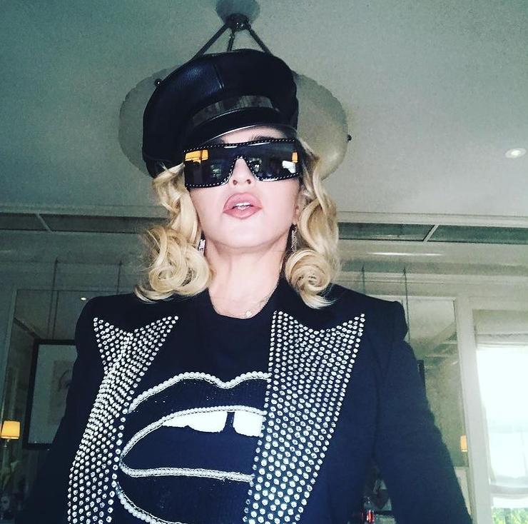 Ванесса Паради, Мадонна и другие звезды, превратившие щербинку в тренд