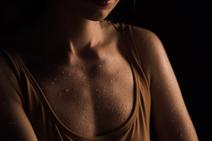 Операция по уменьшению грудных желез: особенности редукционной маммопластики
