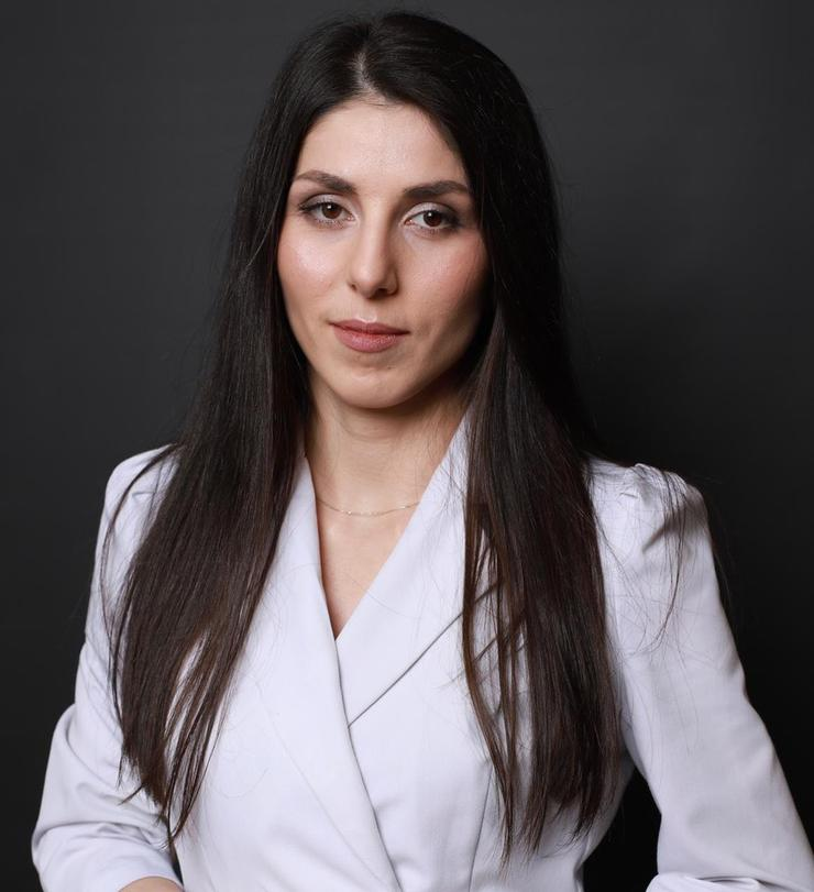Пластический хирург Сара Хаваева