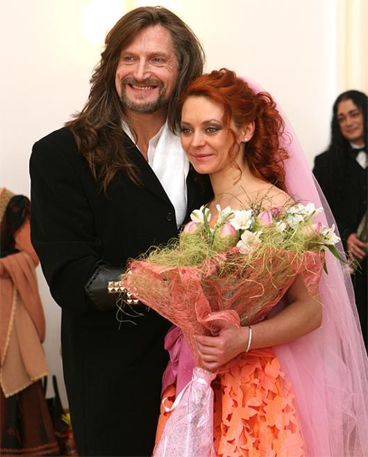 свадьба джигурды и анисиной фото забаррикадировали въезды