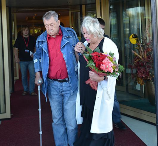 Жену Николая Караченцова лишили прав за езду в пьяном виде