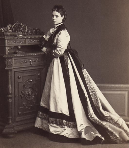 Что носили императрицы