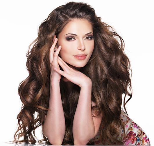Причёски для девушек с длинными волосами фото