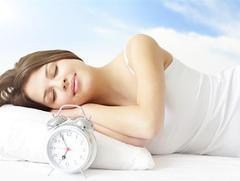 Как правильно спать при боли в спине лучшие позы для сна