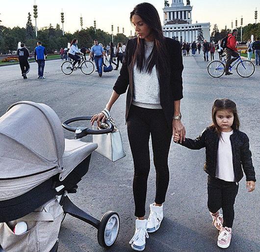 Фото жены джигана с детьми 37