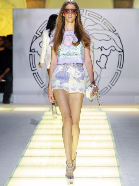 Versace вернулся  коллекция весна-лето 2012 - Стиль жизни - WomanHit.ru 8e93f655682