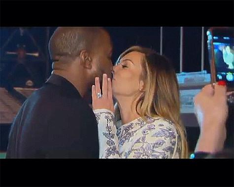 a1b0318c630a На помолвку Ким Кардашьян получила от Канье Уэста шикарное кольцо с черными  бриллиантами. Фото