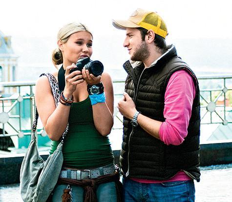 На главную роль в свой фильм «Жара» Резо пригласил любимую супругу Настю. Ради этого проекта она похудела на тридцать килограммов. Фото: материалы пресс-служб.