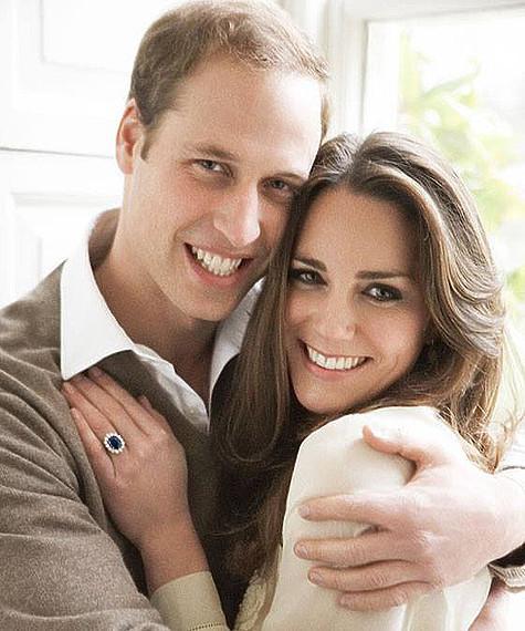 66a5fbcb2b56 Помолвочное кольцо герцогини Кембриджской в народе получило название  «Сапфир простолюдина». Фото  Facebook