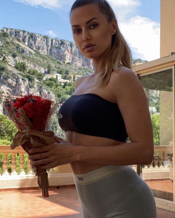 работа девушке моделью краснокаменск