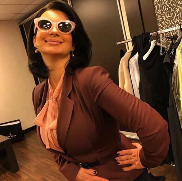 Как выглядит Стриженова после визита ккосметологу
