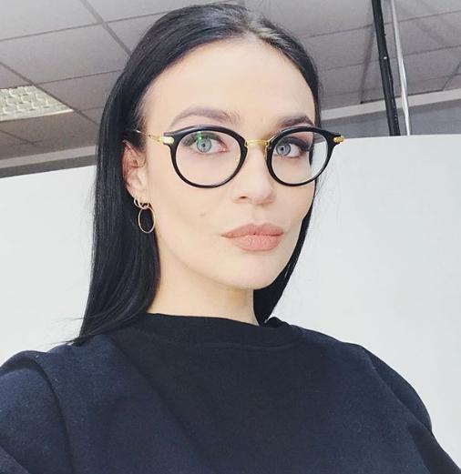 Водонаева отрезала волосы