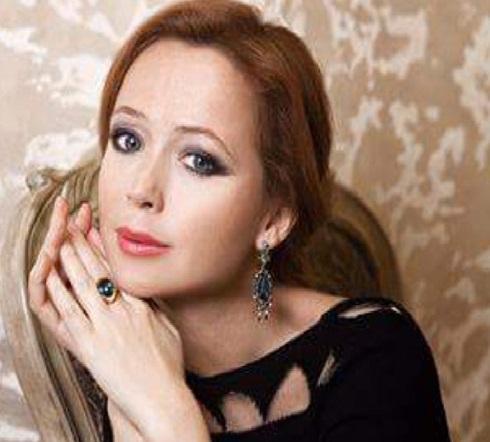 Елена Захарова рассказала опервых часах жизни своей дочки