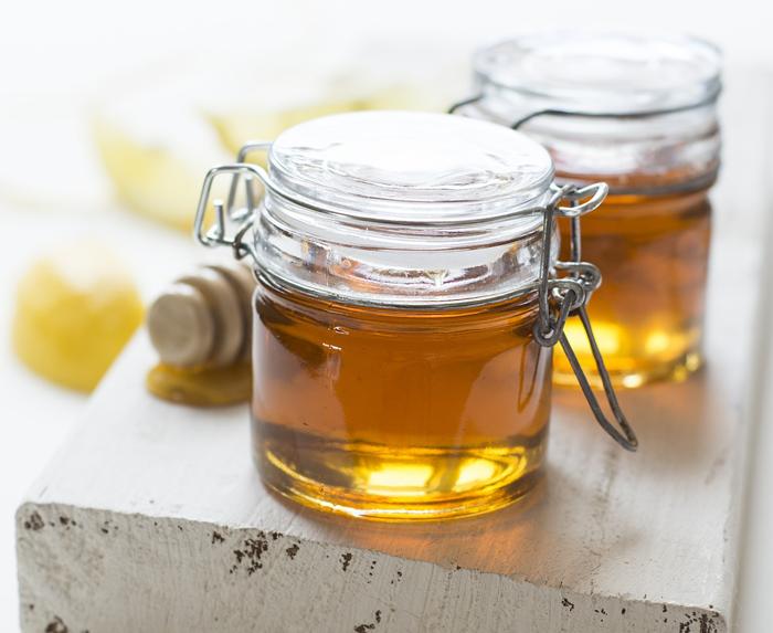 Для домашней маски выбираем мед