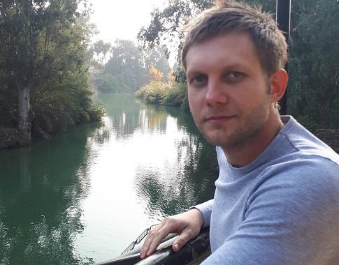 Борис Корчевников обещал «прилепиться» кжене