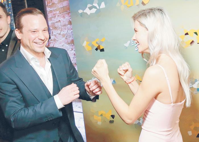 Алексей Чадов выбирает блондинок